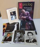 Domingo, Placido Sammlung von 25 Memorabilien: 1.: Placido Domingo alla Scala. Teatro alla Scala 2001. 4°, 263 S.; 2.: Plácido Domingo. 40 Jahre an der Wiener Staatsoper. pro:log Sonderheft.Mai 2007. 4°, 71 S.